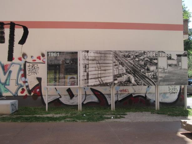 Photo©KarenMargolis2014 Wall plaques graffiti copy