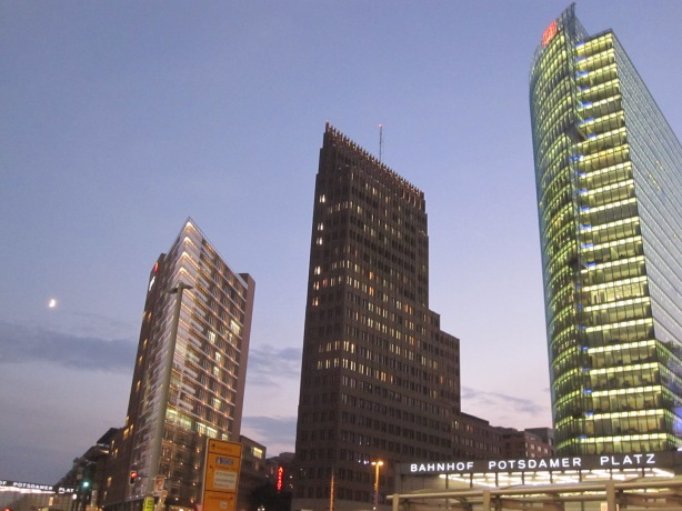Photo PotsdamerPlatz webs 12Feb15