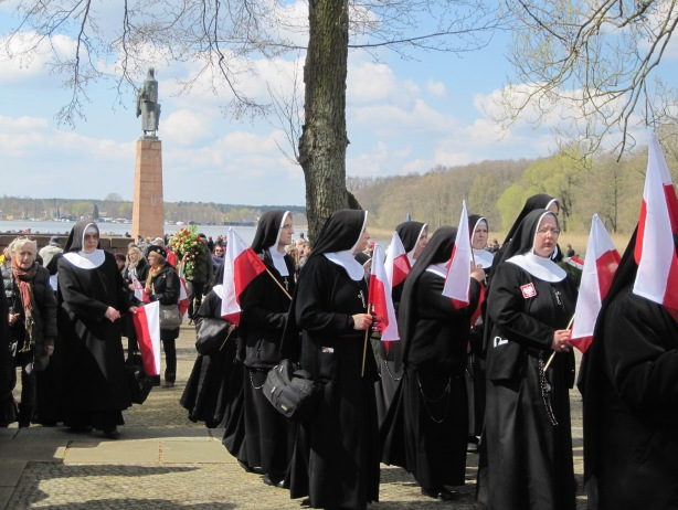 The red, the white and the black: Polish nuns with national insignia