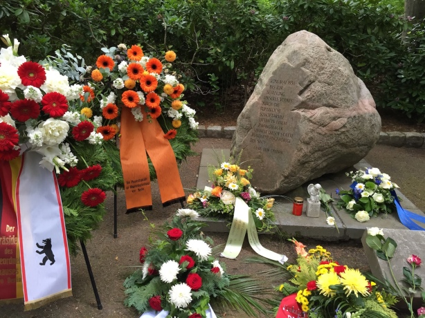 The memorial stone erected during the period of East German socialist government refers to the liberation of the camp