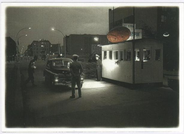 Checkpoint Charlie UFO collage © Thomas Schliesser
